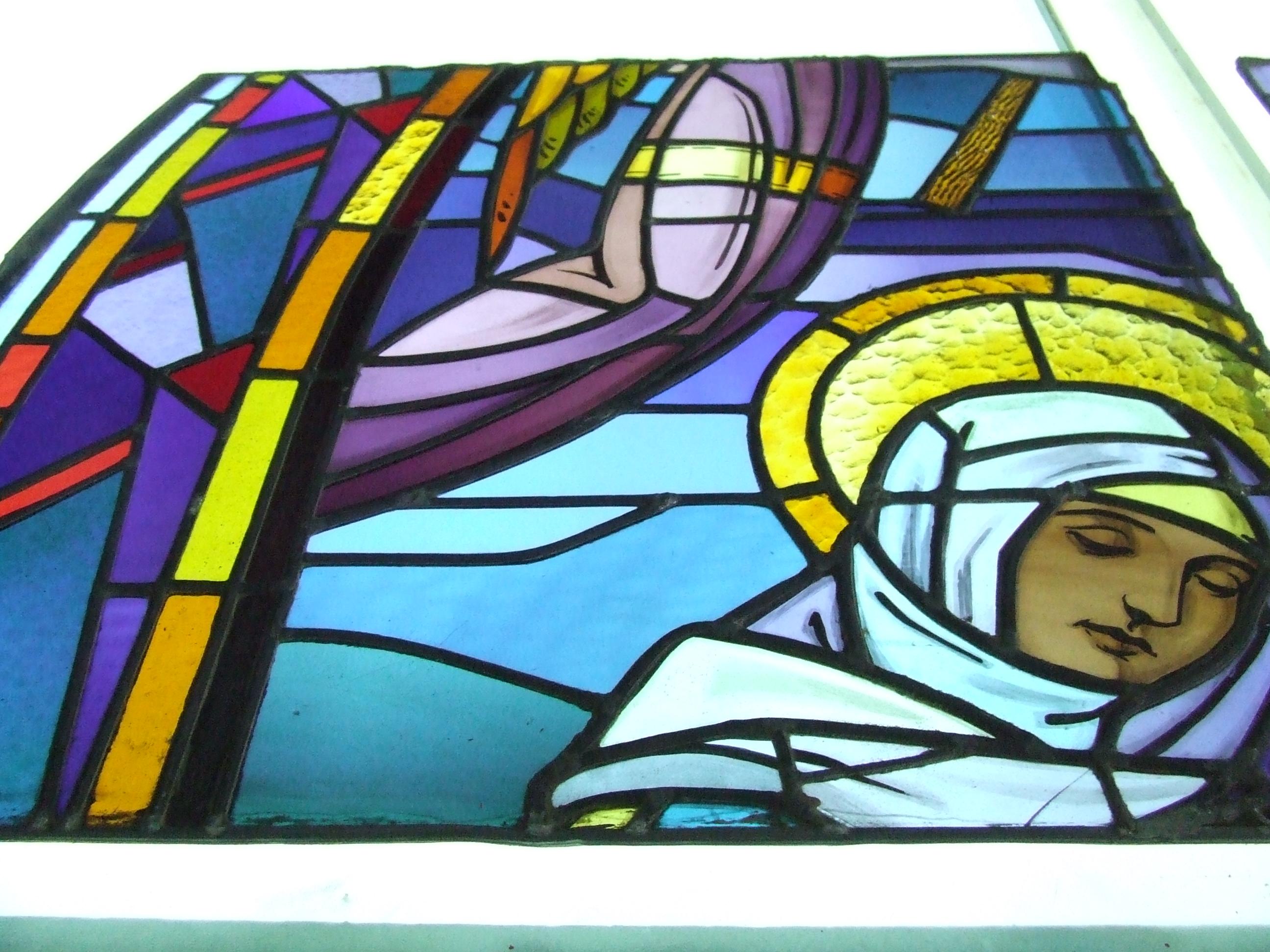 Restauration en cours de 3 vitraux de l'église