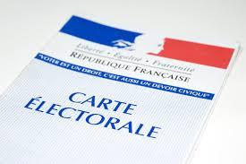 Cérémonie de remise des cartes d'électeurs aux jeunes inscrits